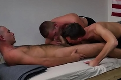 Uniformed BBC military hunk cocksucked deeply