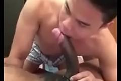 Pinoy Blowjober Enjoy sa malaking Burat