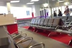 CurtoPezaoBH - Bateu uma no meio do aeroporto