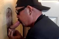 Original Guy Receives Gloryhole Blowjob
