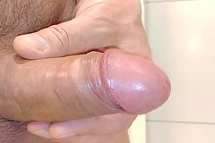Shaved bushwa and ass got insertion and cum