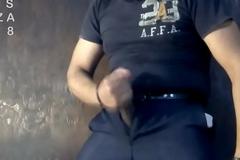 ValesCabeza138 PISS PIG UNIFORMED COP policia uniformado mea y se deslecha!