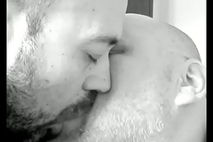 baiser! kiss! beso! bacio!