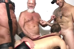 Foursome Barebacking Mating Orgy