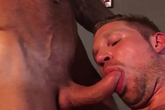 Interracial muscle blank out analized in gym trio